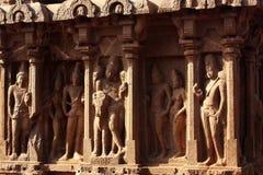 Belles sculptures dans des rathas du mahabalipuram- cinq photographie stock