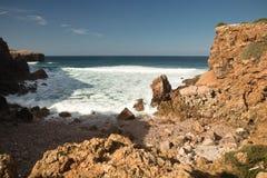 Belles vagues de rupture sur l'Océan Atlantique Photos libres de droits