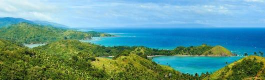Belles vues panoramiques de la côte dans la belle bordure Photographie stock libre de droits