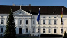 Bellevue-Palastsitz des Bundespräsidenten in Berlin, Deutschland stock video footage