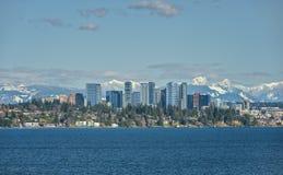 Free Bellevue, Washington And Cascade Mountains Across Lake Washingto Royalty Free Stock Photography - 111618937