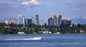Bellevue Washington from Lake with Mountains Royalty Free Stock Photos