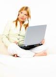 Belleza con la computadora portátil Fotografía de archivo