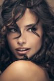 Belleza del pelo rizado Fotografía de archivo