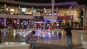 Belleza escénica de la noche de Tailandia, bangna mega almacen de metraje de vídeo