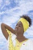 Belleza joven del Afro vestida para una celebración Fotografía de archivo