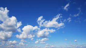 Belleza natural del cielo pacífico idílico metrajes