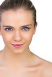 Belleza natural rubia sonriente Imagen de archivo libre de regalías