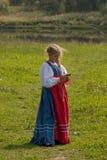 Belleza rusa en un museo-estado Muranovo Foto de archivo libre de regalías