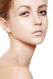 Belleza, salud, cuidado de piel. Cara modelo limpia suave Imágenes de archivo libres de regalías
