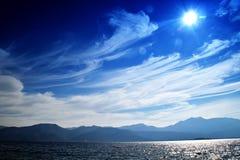bellezza della baia un giorno soleggiato, sito del patrimonio mondiale dell'Unesco, la baia di Cattaro Fotografia Stock Libera da Diritti