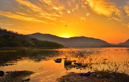 Bellezza di mattine alla strada Jaipur di amer fotografie stock