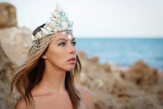 Bellezza di sig.na del Mar Rosso nella corona Fotografia Stock Libera da Diritti