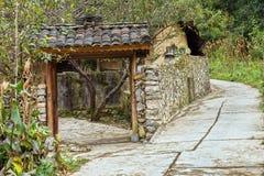 Bellezza idilliaca delle case di pietra antiche Immagini Stock