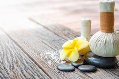 Bellezza, stazione termale, cura del corpo, massaggio, cosmetici naturali e bagno immagine stock