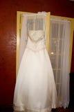 Bello abito di cerimonia nuziale fotografia stock