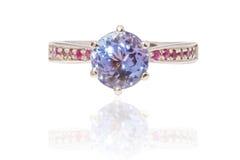 Bello anello di lusso del Zaffiro-rubino Fotografie Stock Libere da Diritti