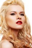 Bello blonde con gli orli rossi Immagine Stock Libera da Diritti