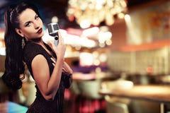 Bello cantante fotografia stock