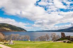 Bello castello di Urquhart in Scozia, Loch Ness Fotografie Stock