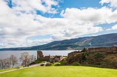 Bello castello di Urquhart in Scozia, Loch Ness Immagini Stock Libere da Diritti