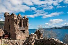 Bello castello di Urquhart in Scozia, Loch Ness Fotografia Stock Libera da Diritti