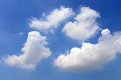 Bello cielo blu con le nuvole Fotografie Stock Libere da Diritti