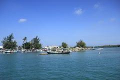 Bello cielo blu nell'isola immagine stock libera da diritti