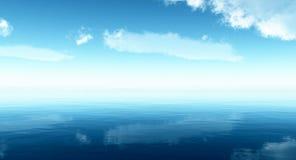 Bello cielo delle nubi e del mare Fotografie Stock