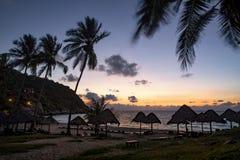 Bello cielo di aumento del sole all'isola una di tao del KOH della maggior parte della destinazione di viaggio popolare in del su fotografie stock