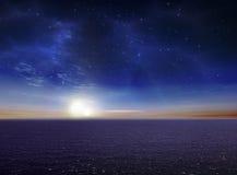Bello cielo notturno vibrante dell'oceano Fotografia Stock Libera da Diritti