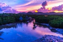 Bello colore di tramonto a Siargao fotografia stock