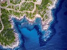Bello colpo del fuco di vista aerea della cima della spiaggia fotografia stock libera da diritti
