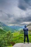 Bello colpo di Lysefjord, vicino a Jorpeland, la Norvegia fotografie stock libere da diritti