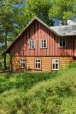 Bello cottage di legno in repubblica Ceca immagine stock libera da diritti