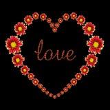Bello cuore del fiore rosso e del testo di amore isolati sul nero Risparmiato con il percorso di ritaglio Fotografia Stock Libera da Diritti