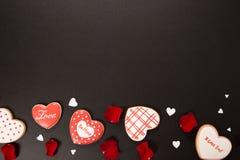 Bello cuore del pan di zenzero Fotografie Stock Libere da Diritti