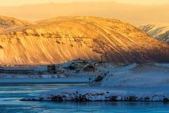 Bello della mattina di alba in terra dell'inverno dell'Islanda Fotografia Stock