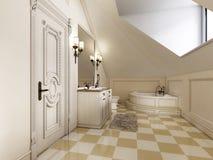 Bello e bagno luminoso nello stile della Provenza con il furni beige Fotografia Stock Libera da Diritti