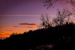 Bello e tramonto romantico nel paesaggio onirico della Stiria fotografia stock libera da diritti
