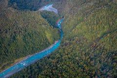 Bello fiume del turchese e del paesaggio, nelle alpi del sud del sud del ` s di Westland, la Nuova Zelanda Fotografie Stock