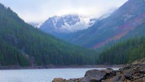 Bello fiume di Wenatchee - di Washington Autumn Nature Scenery immagini stock libere da diritti