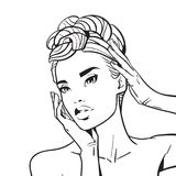 Bello fronte della donna con lo schizzo elegante dell'acconciatura del ritratto femminile su fondo bianco Immagini Stock Libere da Diritti