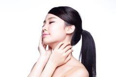 Bello fronte della donna di cura di pelle Fotografie Stock