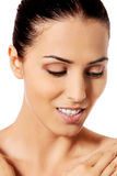 Bello fronte della giovane donna con pelle fresca pulita Fotografie Stock Libere da Diritti
