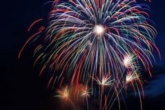 Bello fuoco d'artificio fotografia stock libera da diritti