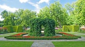 Bello giardino ornamentale Fotografia Stock Libera da Diritti