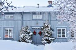 Bello giorno di dicembre nella città della chiesa di Gammelstad Fotografia Stock Libera da Diritti