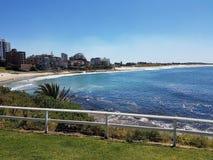 Bello giorno soleggiato alla spiaggia di Cronulla - Australia fotografie stock