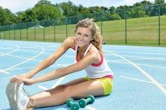 Bello giovane modello femminile di forma fisica Fotografie Stock